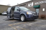 2009 Chrysler Town & Country Touring Wheelchair van for sale