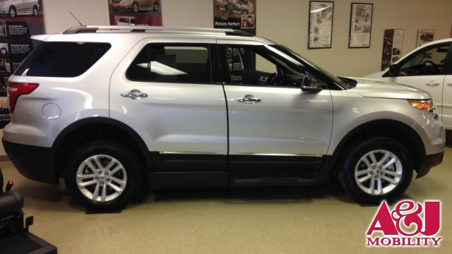 2015 Ford Explorer BraunAbility MXV Wheelchair SUV Wheelchair Van For Sale