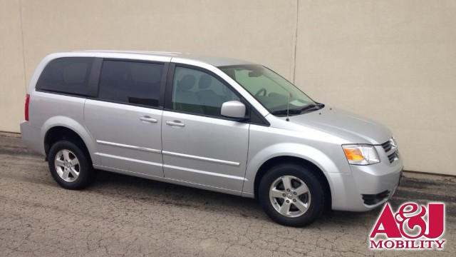 2008 Dodge Grand Caravan Freedom Motors Power Dodge Rear Entry Wheelchair Van For Sale
