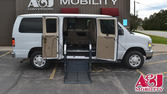 2009 Ford Econoline Wagon Non Branded Full Size Van Conversion Wheelchair Van For Sale