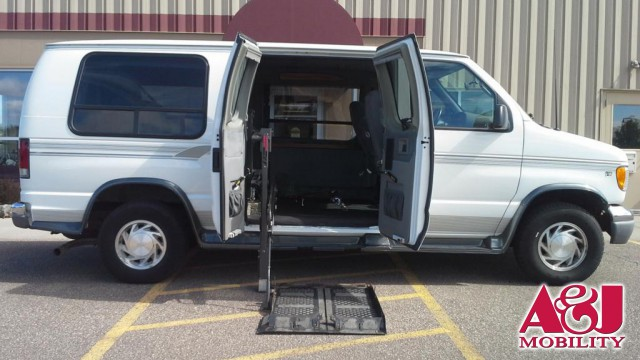 2001 Ford E-150 Non Branded Wheelchair Lift & Tiedowns Wheelchair Van For Sale