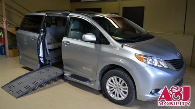 2014 Toyota Sienna BraunAbility® Rampvan XT Wheelchair Van For Sale