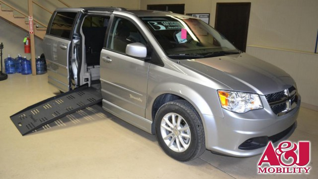 2016 Dodge Grand Caravan BraunAbility Dodge CompanionVan Plus Wheelchair Van For Sale