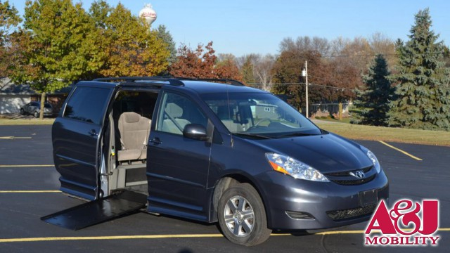 2008 Toyota Sienna BraunAbility Rampvan Xi Wheelchair Van For Sale