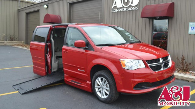2014 Dodge Grand Caravan BraunAbility Dodge Entervan Xi Infloor Wheelchair Van For Sale