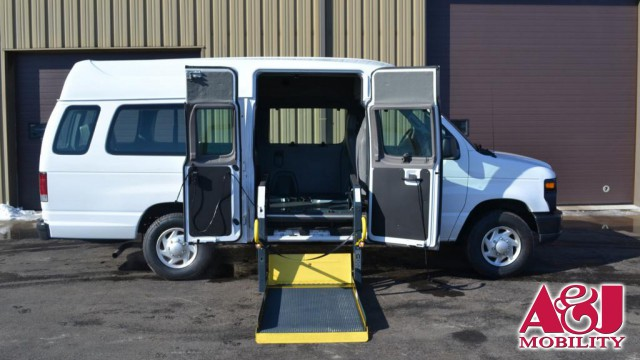2013 Ford E-Series Van Non Branded Full Size Van Conversion Wheelchair Van For Sale