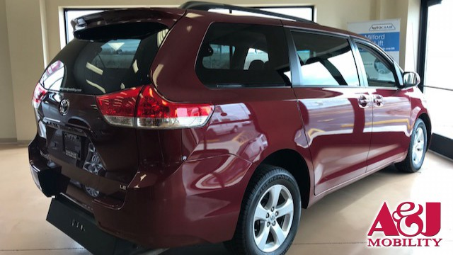 2014 Toyota Sienna Vision Rear Entry Vision Rear Entry Manual Wheelchair Van For Sale
