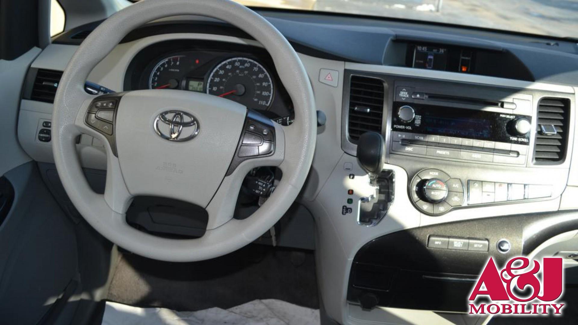 Wheelchair Van For Sale 2013 Toyota Sienna Stock DS