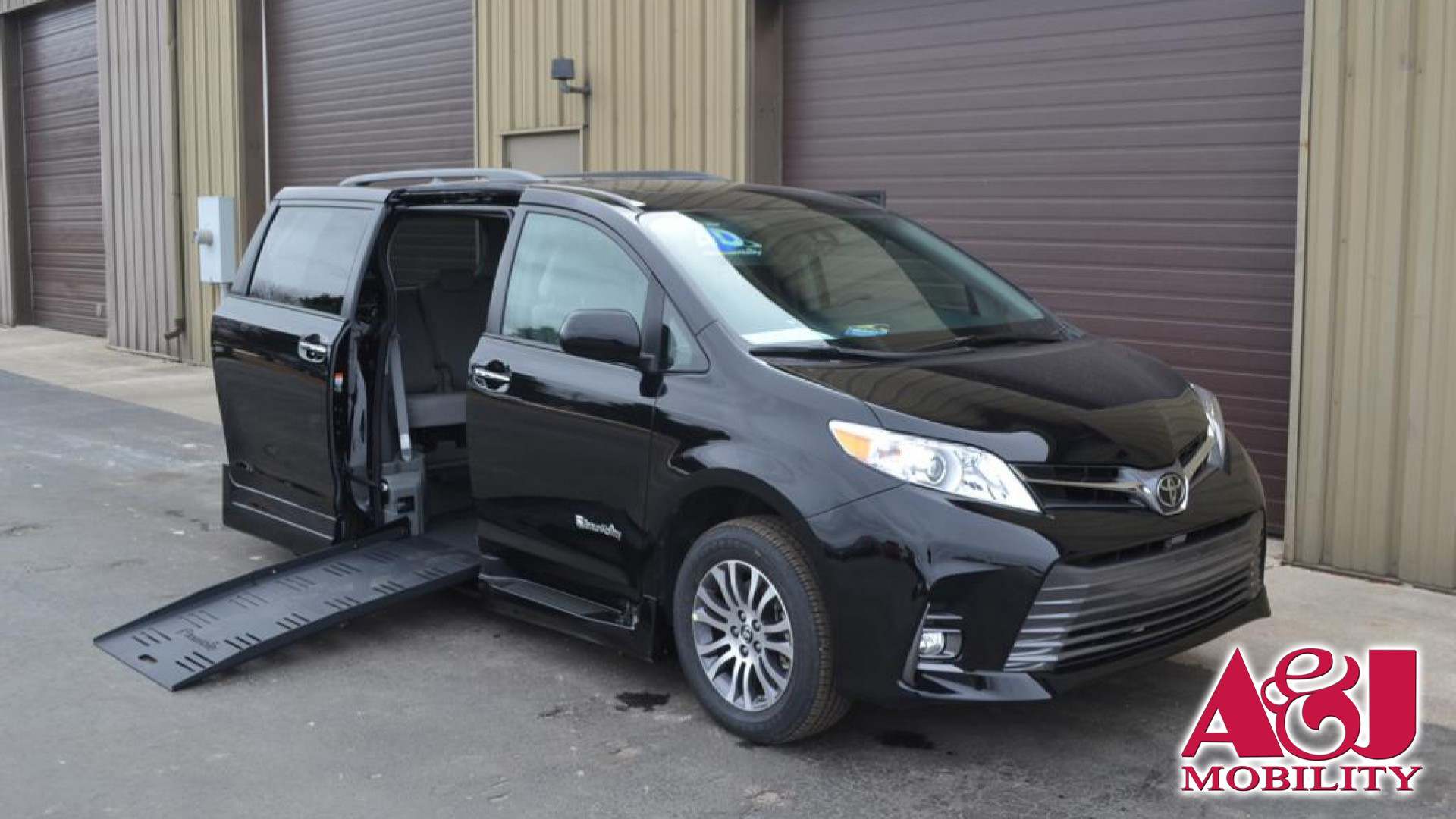 2018 Toyota Sienna Xle 7 Penger Mobility Auto Access