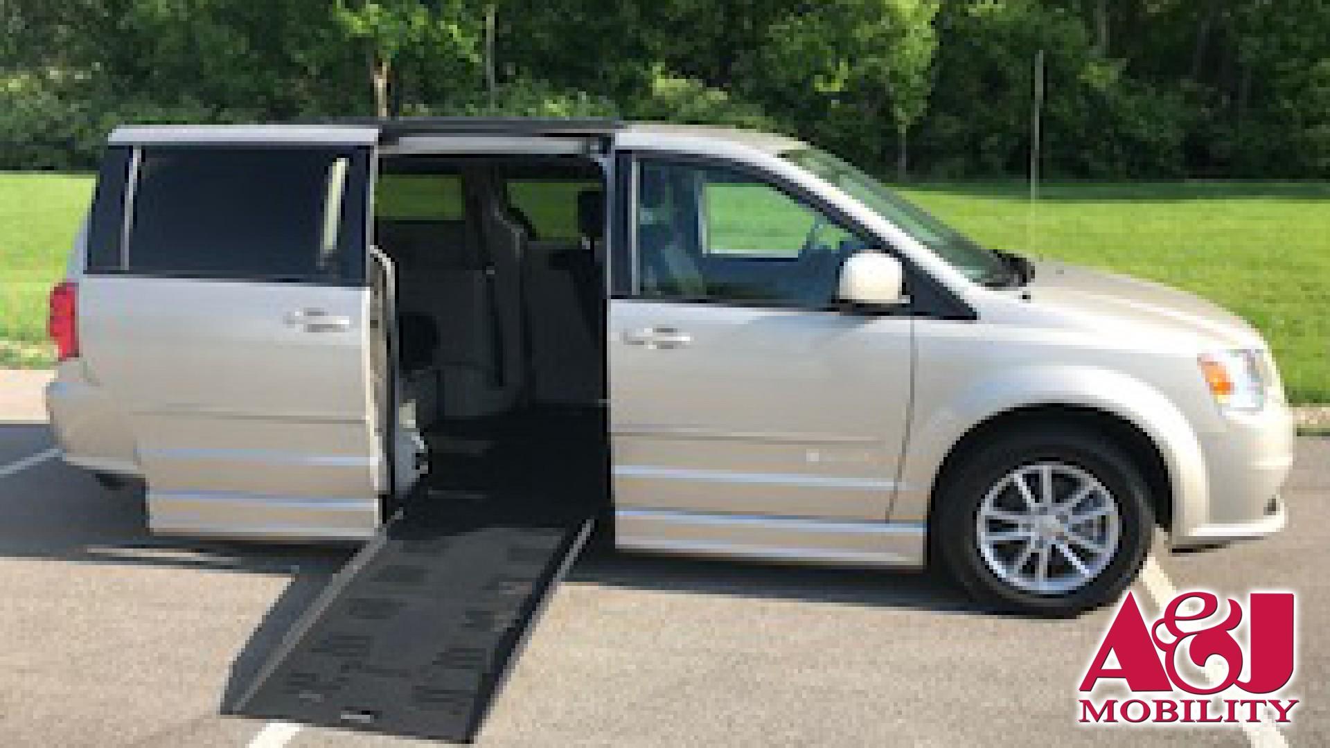 Wheelchair Van For Sale 2016 Dodge Grand Caravan Stock Gr309361
