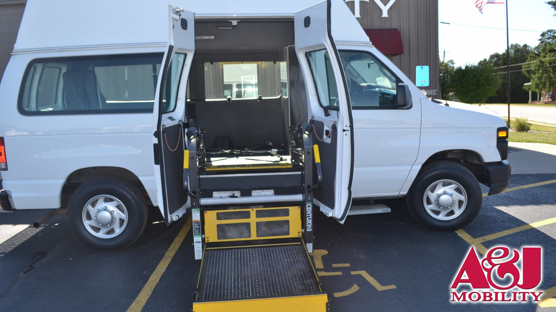 2014 Ford E-Series Van E-250