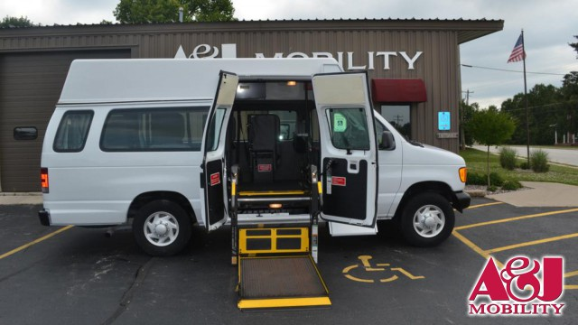 2006 Ford Econoline Wagon Commercial Vans Ford Transit  Wheelchair Van For Sale