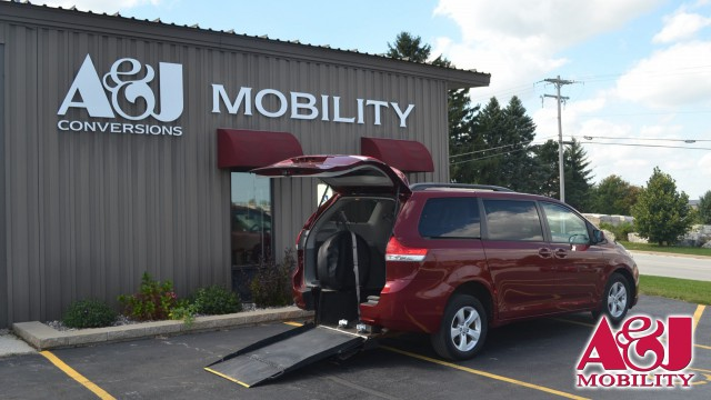 2012 Toyota Sienna Freedom Motors Manual Rear Entry Wheelchair Van For Sale