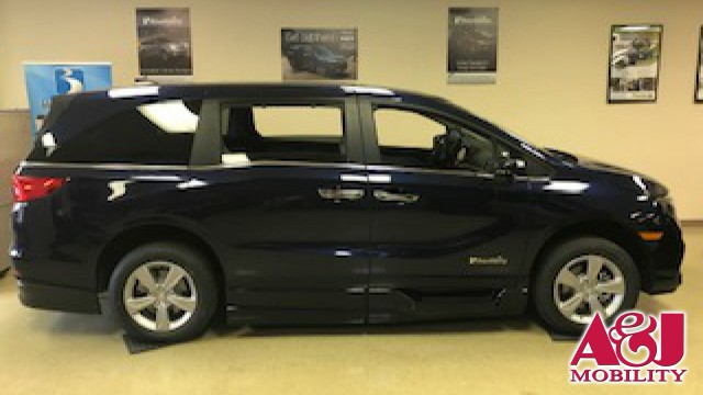 2019 Honda Odyssey BraunAbility Power lnfloor Wheelchair Van For Sale