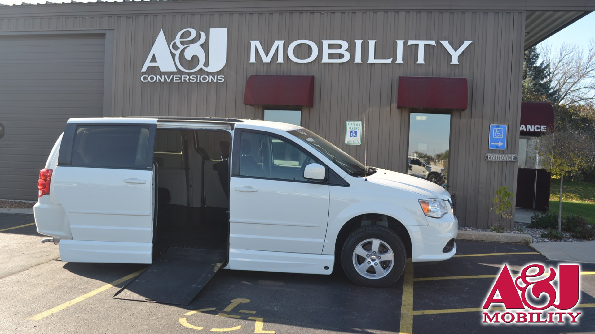 2012 Dodge Grand Caravan | Conversion: VMI Dodge Northstar