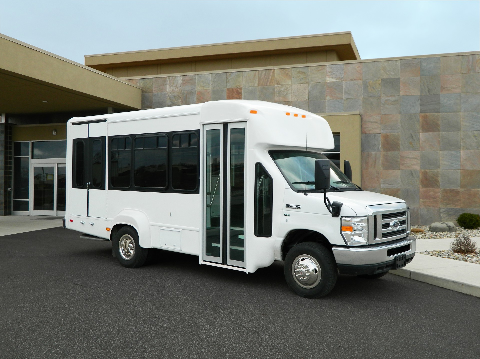 2021 Ford E-350 | Conversion: ADA Wheelchair Accessible Bus