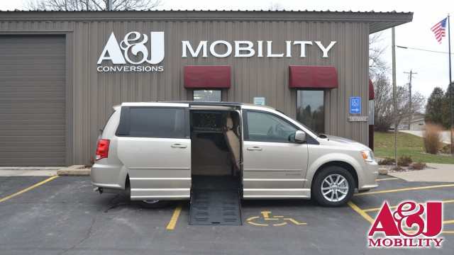 Used 2014 Dodge Grand Caravan.  ConversionBraunAbility Dodge Entervan II