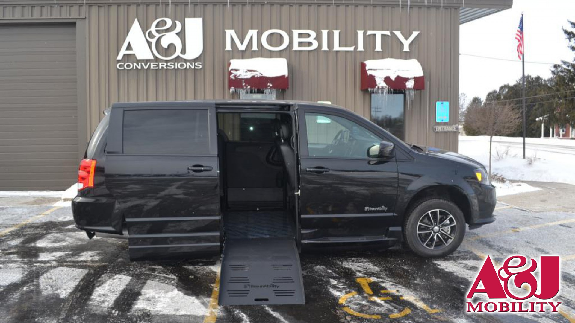 2018 Dodge Grand Caravan | Conversion: BraunAbility Dodge Entervan XT
