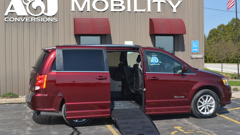 Used 2018 Dodge Grand Caravan.  ConversionBraunAbility Dodge CompanionVan Plus