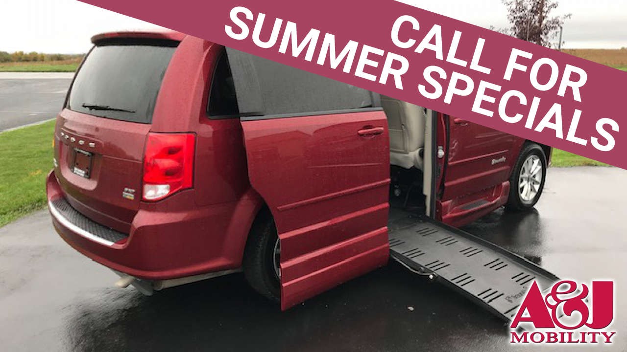 2016 Dodge Grand Caravan | Conversion: BraunAbility Dodge Entervan XT