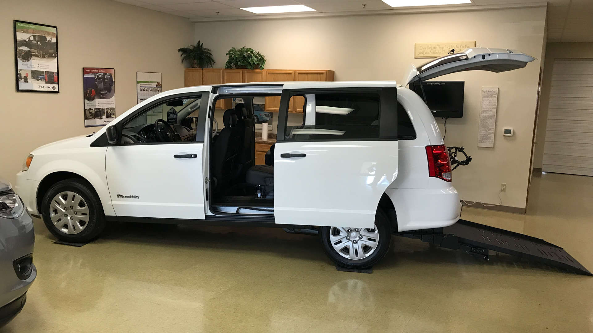 2019 Dodge Grand Caravan | Conversion: Commercial Vans Dodge ADA Rear Entry