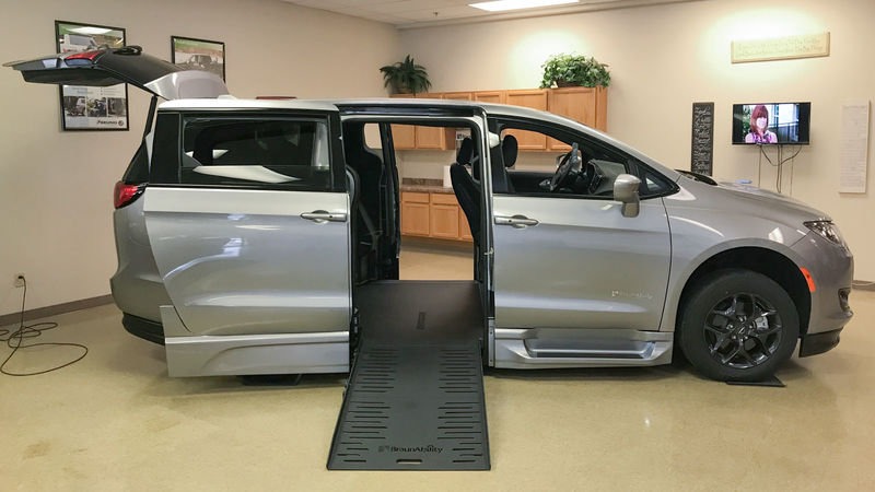 New 2019 Chrysler Pacifica.  ConversionBraunAbility Chrysler Pacifica Foldout XT