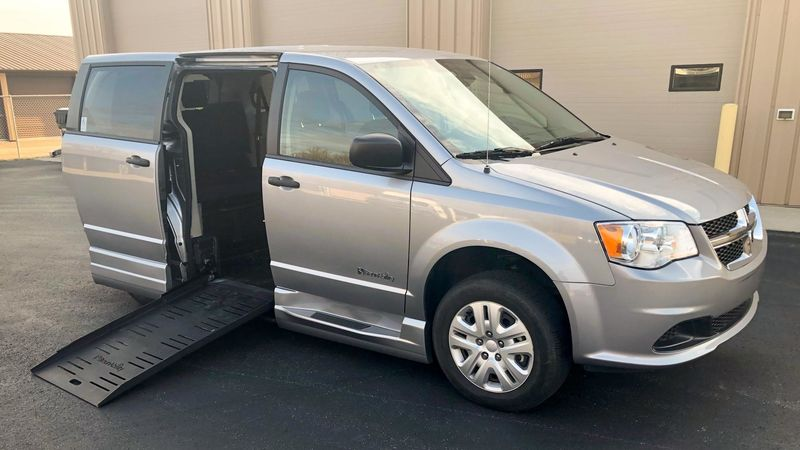 Used 2016 Dodge Grand Caravan.  ConversionBraunAbility Dodge Entervan II