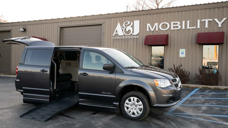 Used 2019 Dodge Grand Caravan.  ConversionBraunAbility Dodge Entervan XT