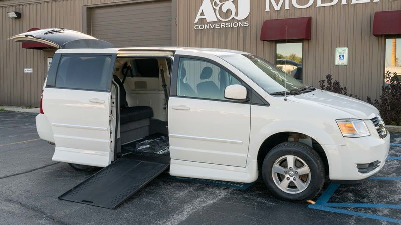 Used 2008 Dodge Grand Caravan.  ConversionRollx Vans Rollx In Floor Dodge