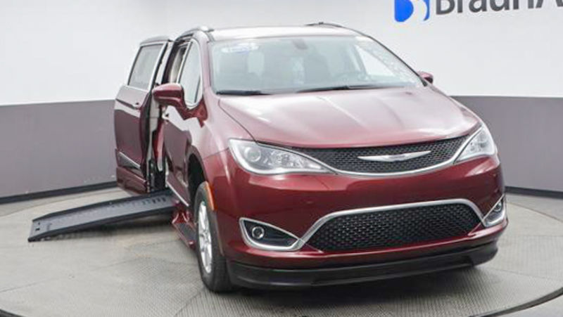New 2020 Chrysler Pacifica.  ConversionBraunAbility Chrysler Pacifica Foldout XT
