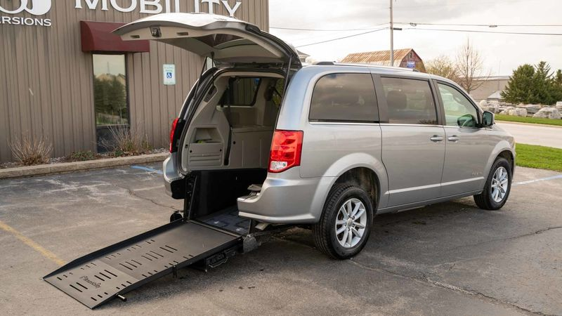 Used 2019 Dodge Grand Caravan.  ConversionBraunAbility Dodge Manual Rear Entry