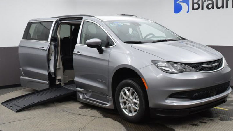 New 2021 Chrysler Voyager.  ConversionBraunAbility Chrysler Pacifica Foldout XT
